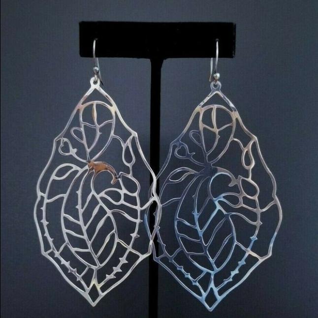 Vintage Sterling Sliver Leaf Earrings