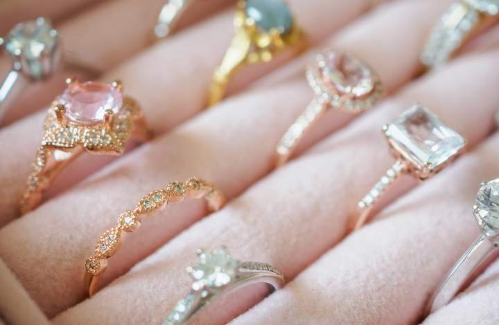 lab-grown diamonds vs moissanite and cubic zirconia