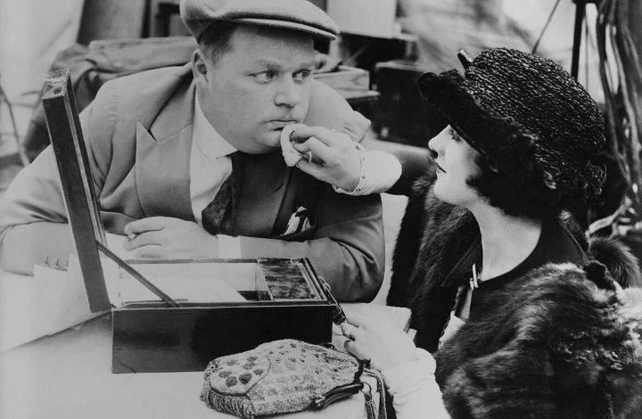1930s costume jewelry trends