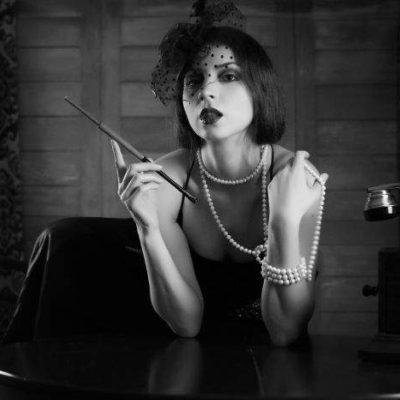1930s Jewelry Trends – Flamboyance and Glitz