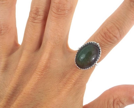 Vintage 70s Silver Plated Oval Mood Ring from totalrecallvintage on Etsy
