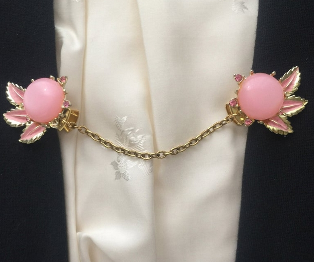Vintage Pink Lucite Sweater Clip from Adagio Vintage Jewelry on Etsy
